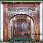 Kaligrafi Mihrab Pengimaman Masjid
