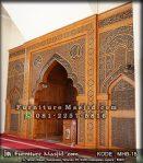 Mihrab Masjid Mewah Kaligrafi Kayu Jati