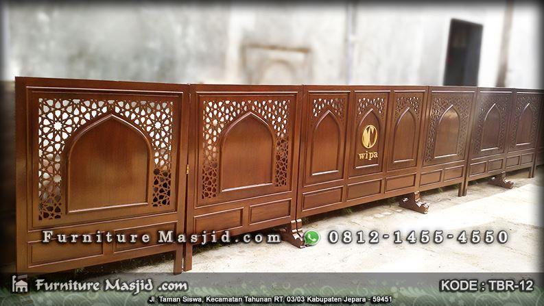 tabir masjid dan mushola dengan logo